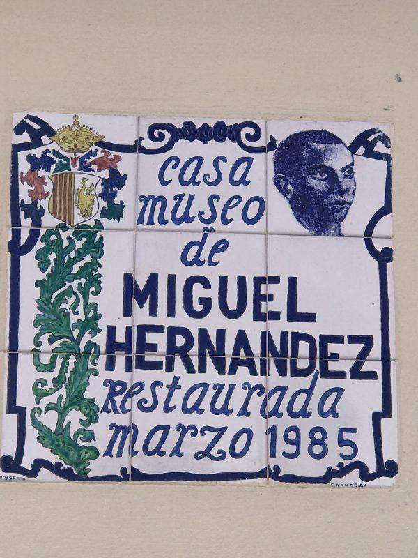 Miguel Hernandez - slávny rodák je tu stále doma