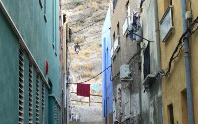 Spoznajte Španielsko –  Orihuela, hľúzovka a Miguelova báseň o cibuli